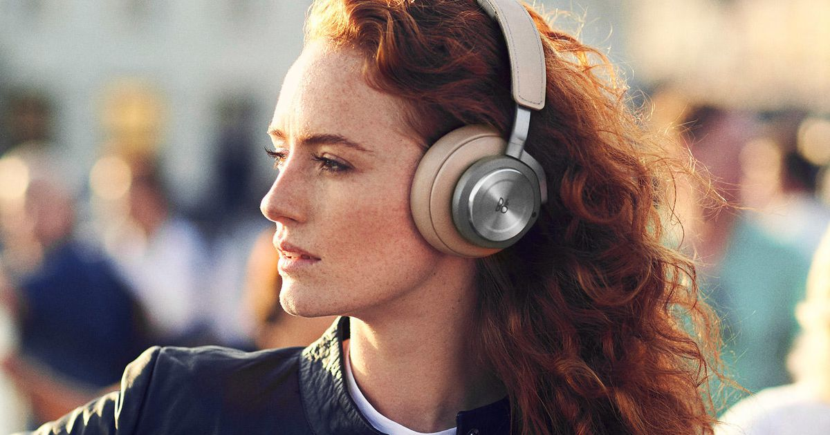 Best noise-canceling headphones for 2021