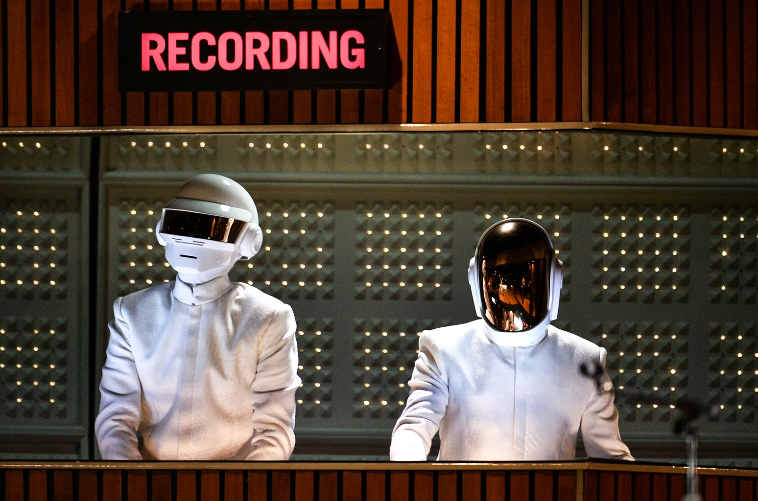 It's a Robot Christmas After All: Daft Punk Release 'Complete Edition' of 'Tron: Legacy' Soundtrack