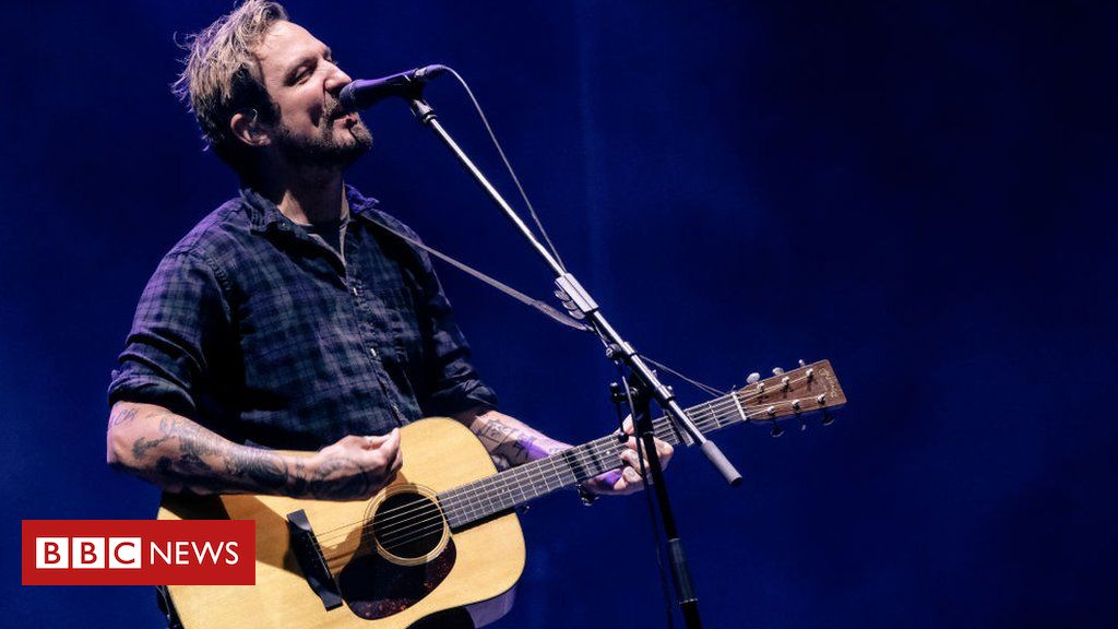 Covid: Frank Turner livestream gigs for struggling venues return