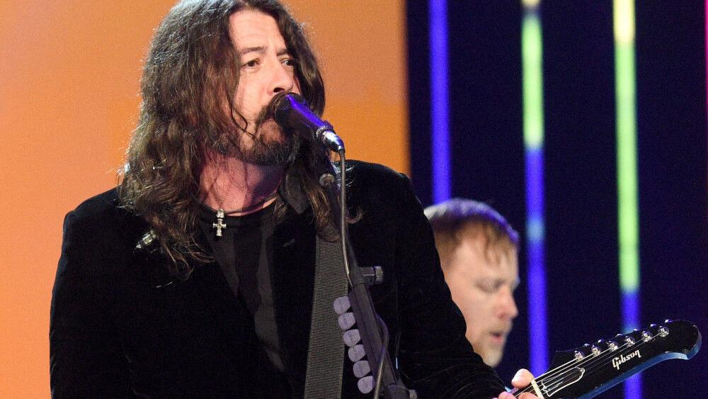 Dave Grohl's concern for young musicians | People