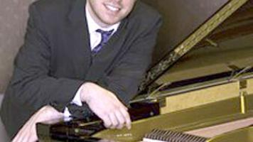 Sol Eichner, concert pianist, to perform on Arts at the Abbey | Music