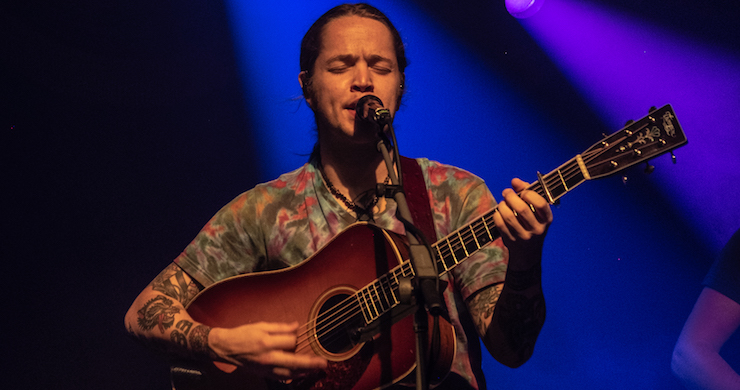 Billy Strings To Revisit 1971 Grateful Dead Shows With 'Deja Vu Experiment' Residency At The Capitol Theatre