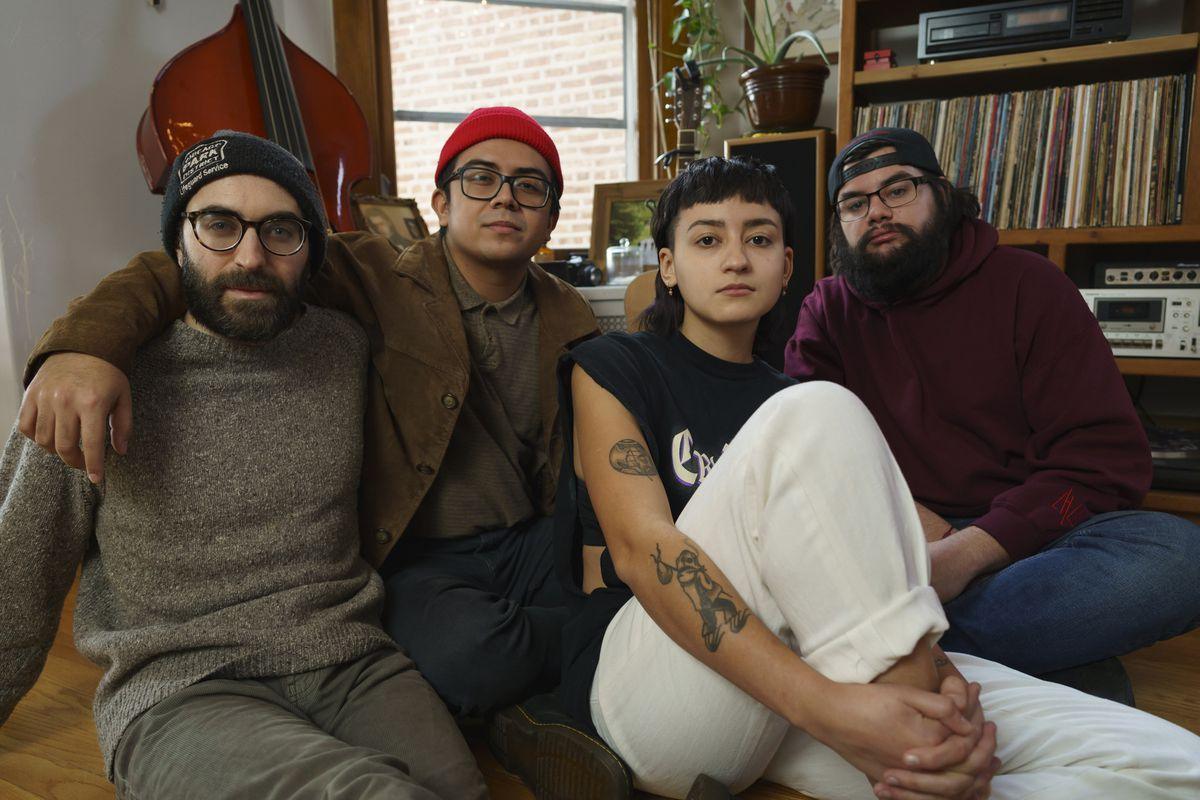 Chicago band Late Night Laundry has psychedelic soul