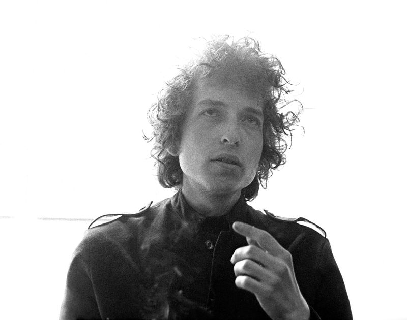Bob Dylan reads the most popular New Year's Resolutions