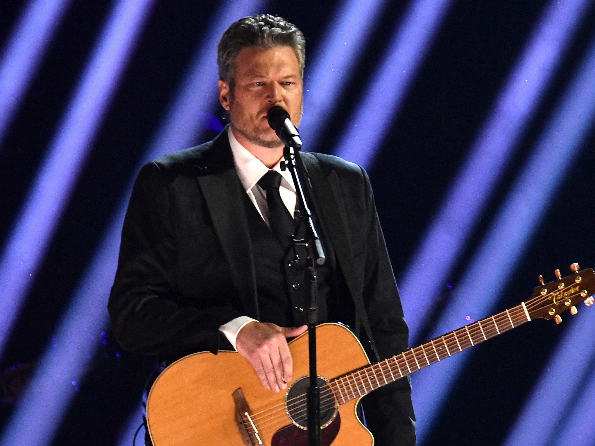 Country music star Blake Shelton faces backlash for 'romanticising minimum wage' in 'tone-deaf' new song