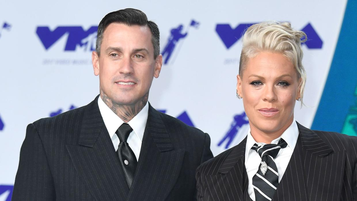 Singer Pink celebrates 15 years of marriage to Carey Hart