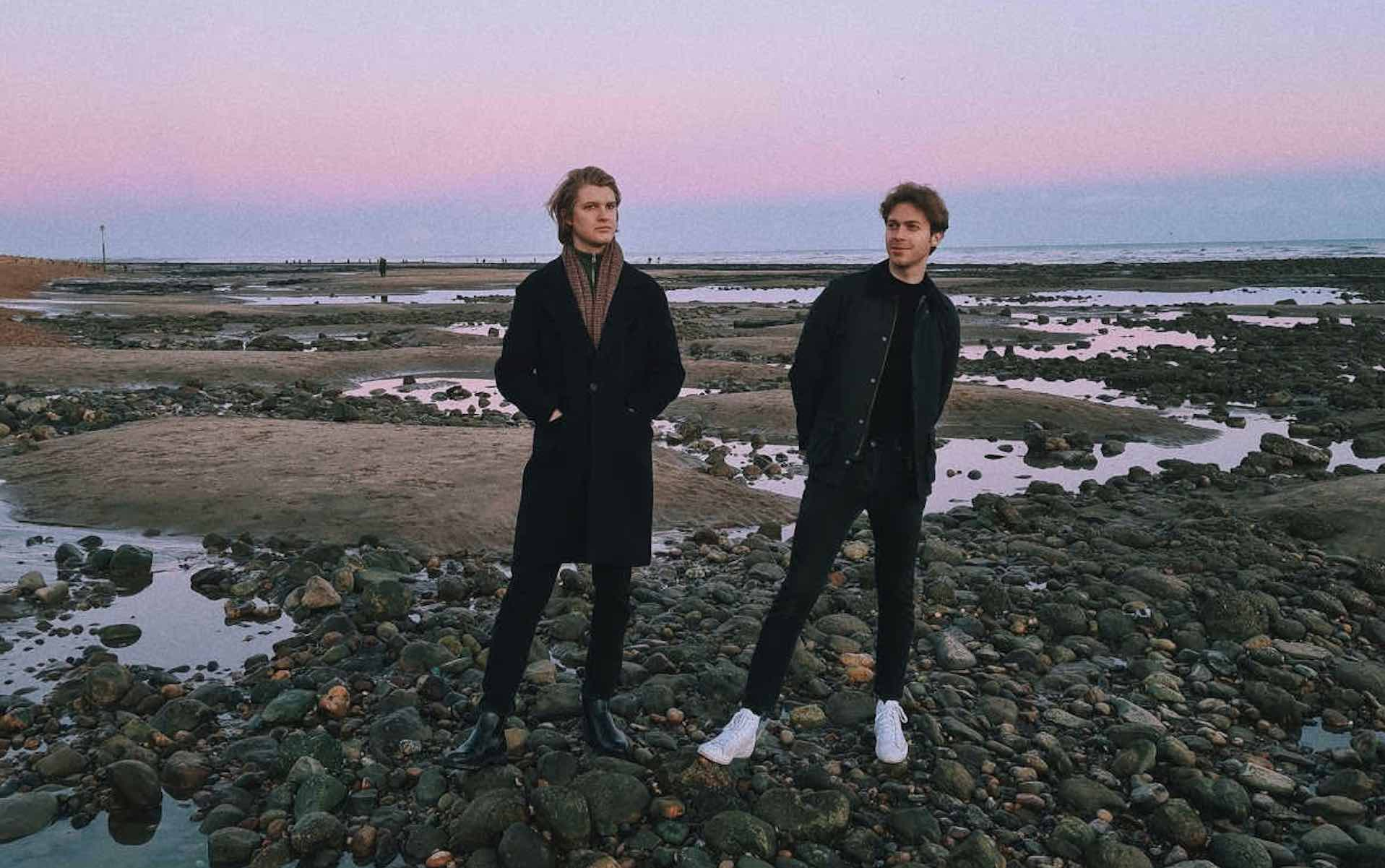 Pett Level dance on the glossy shores of psych-pop on 'Red Hot'