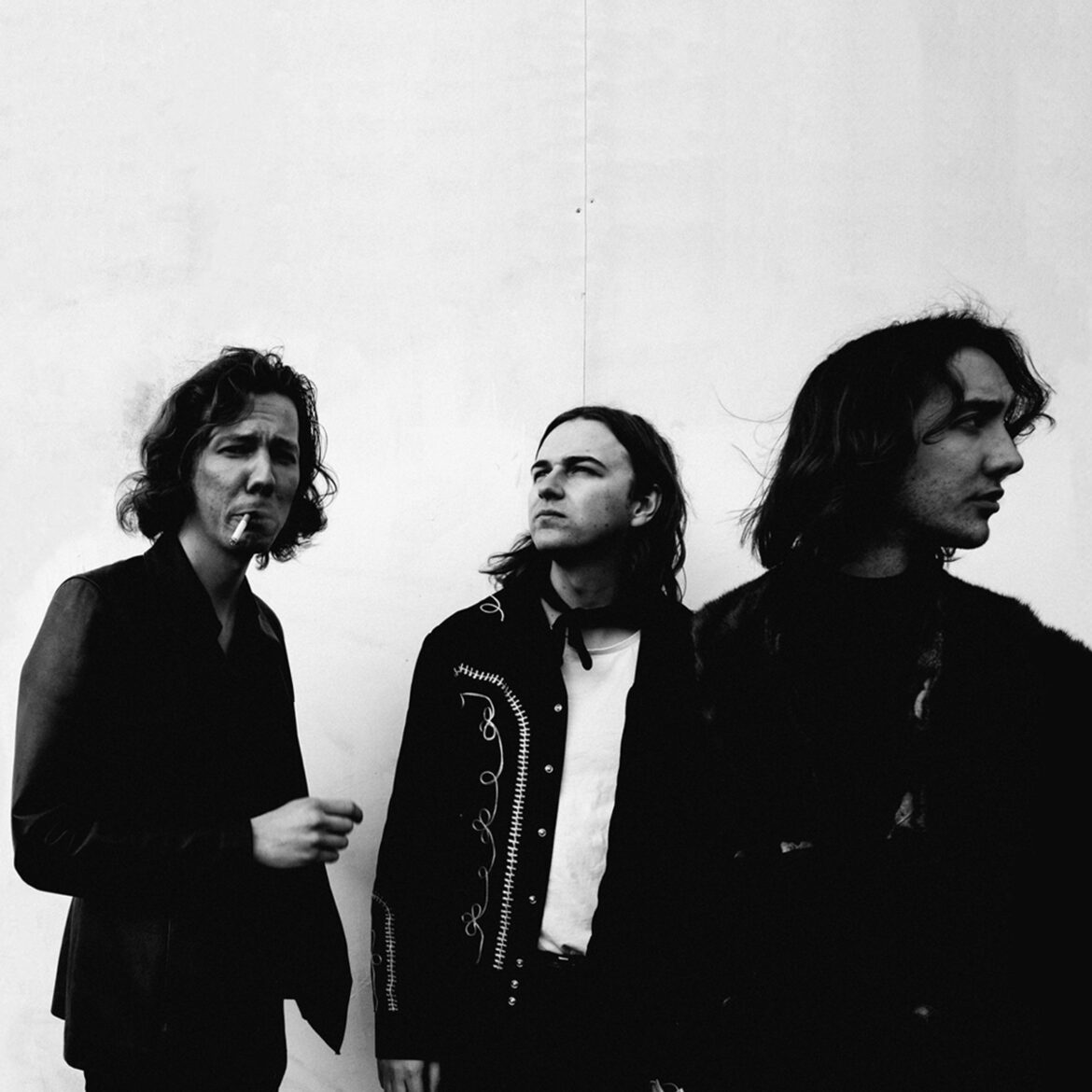 """""""Post-punk is dying"""" – Chatting with The Howlers"""