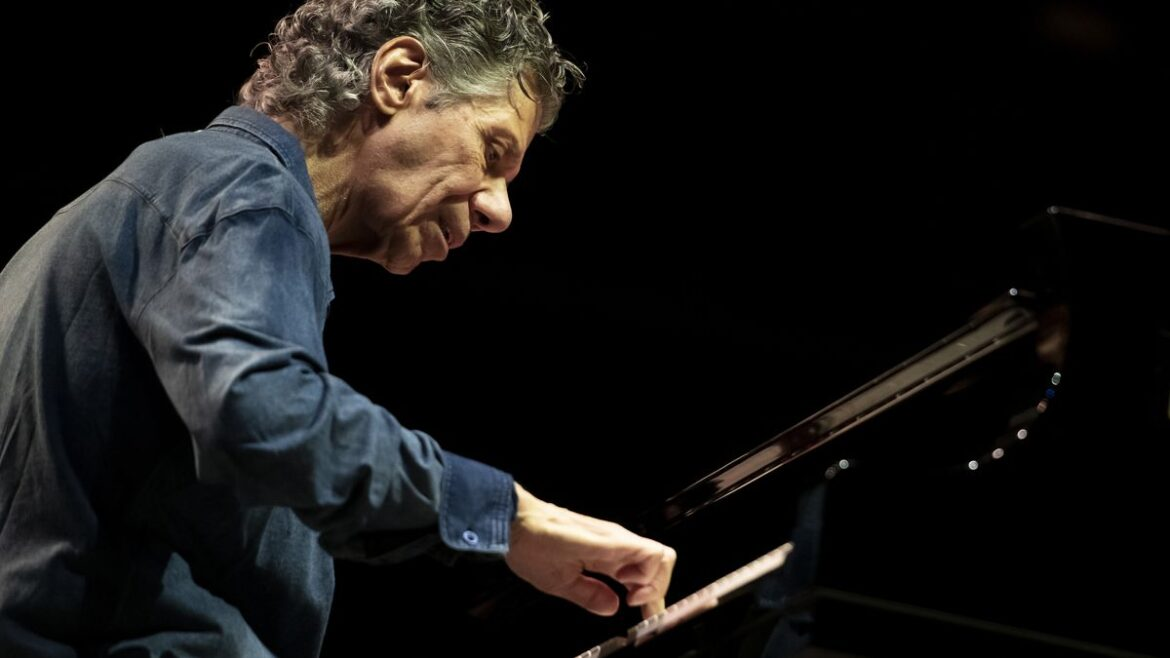 Chick Corea, jazz fusion pioneer, has died of cancer at 79