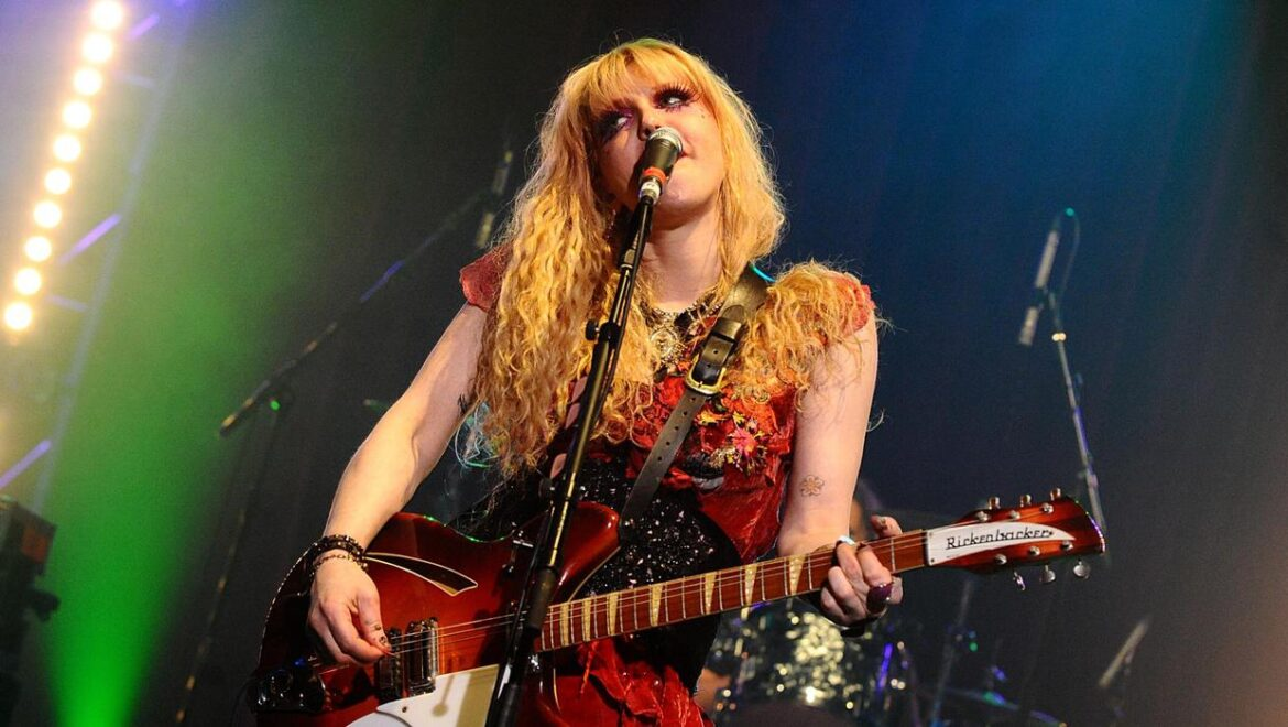 Singer Courtney Love receives coronavirus vaccine in the UK