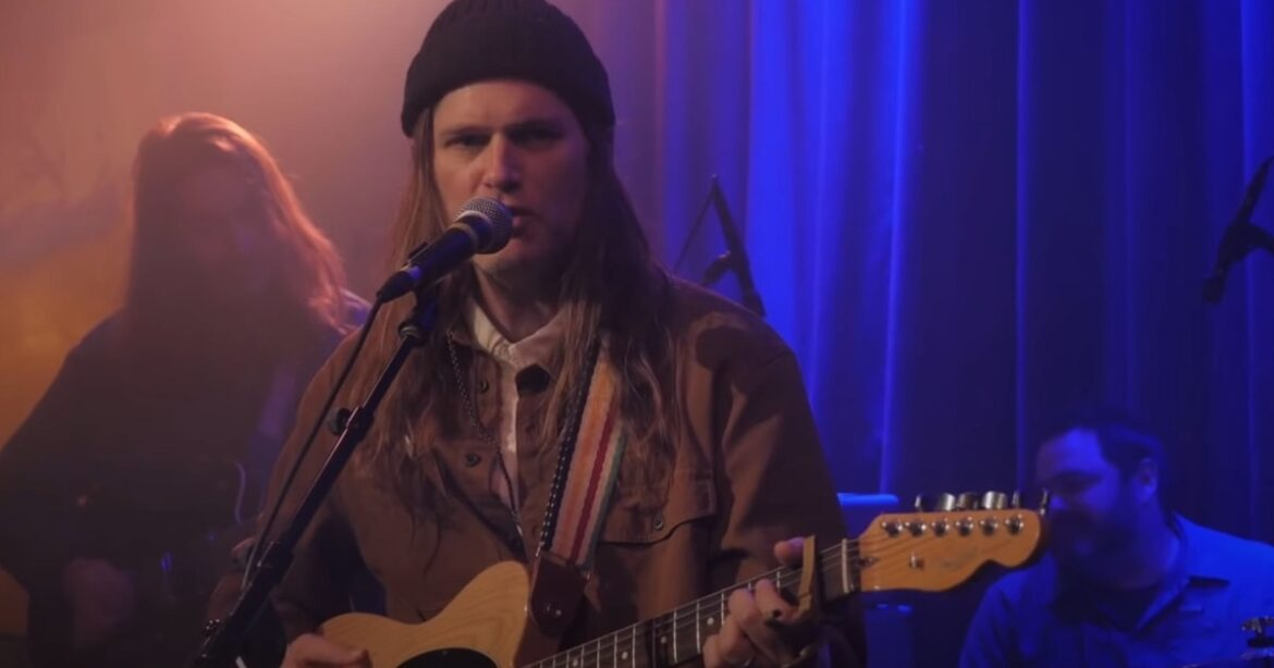 See Fruit Bats perform for Seth Meyers' late-night show from Icehouse in Minneapolis