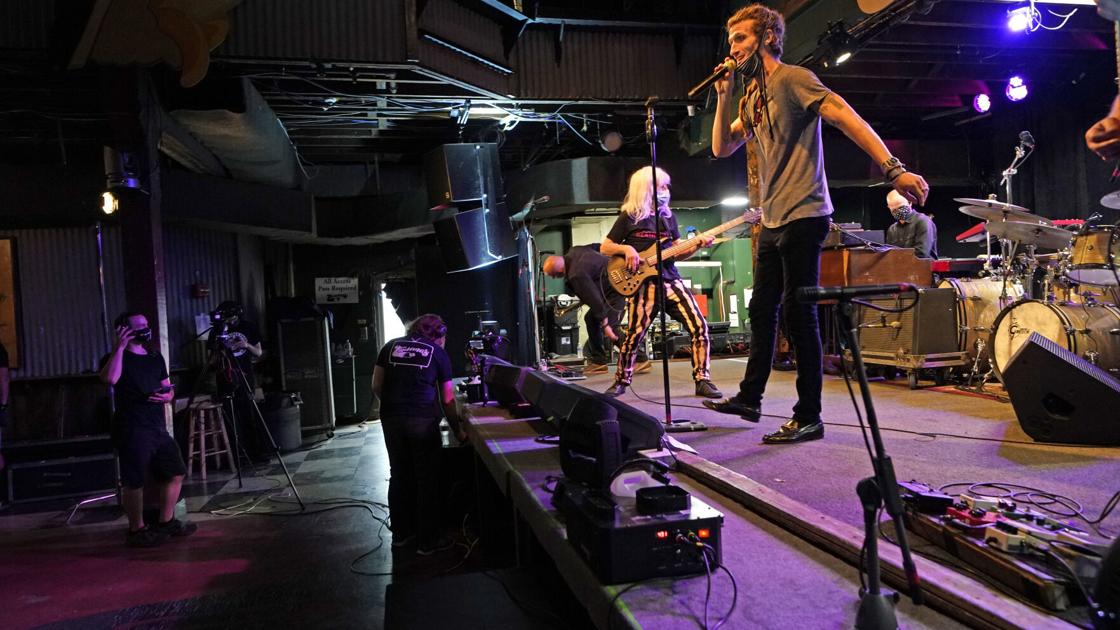 Music? Yes. Dancing? No, as New Orleans eases virus rules | Lifestyles