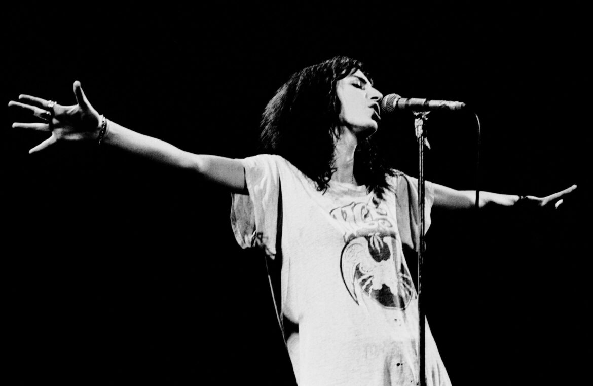 Celebrating Women's Live History: Patti Smith and 'Horses' Launch Punk Rock In 1975