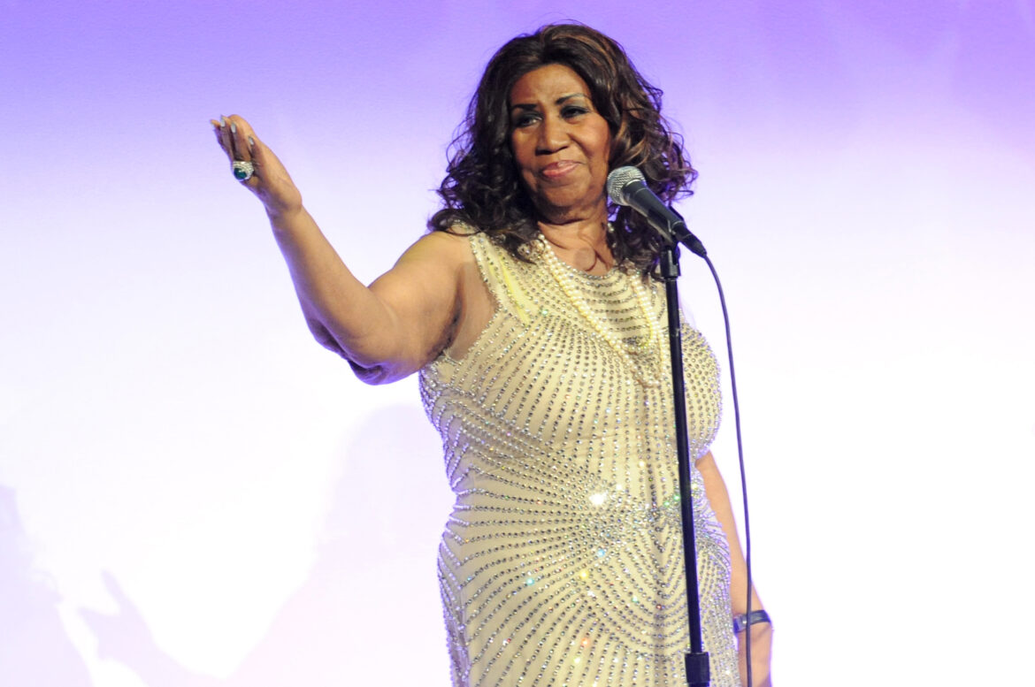 The Best Aretha Franklin Movies, Music and Books to Buy Online