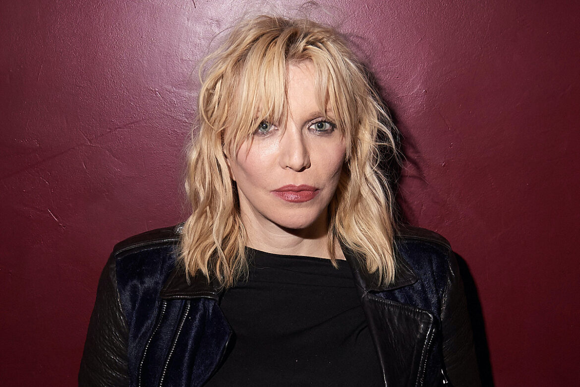 Courtney Love Says She Almost Died in 2020