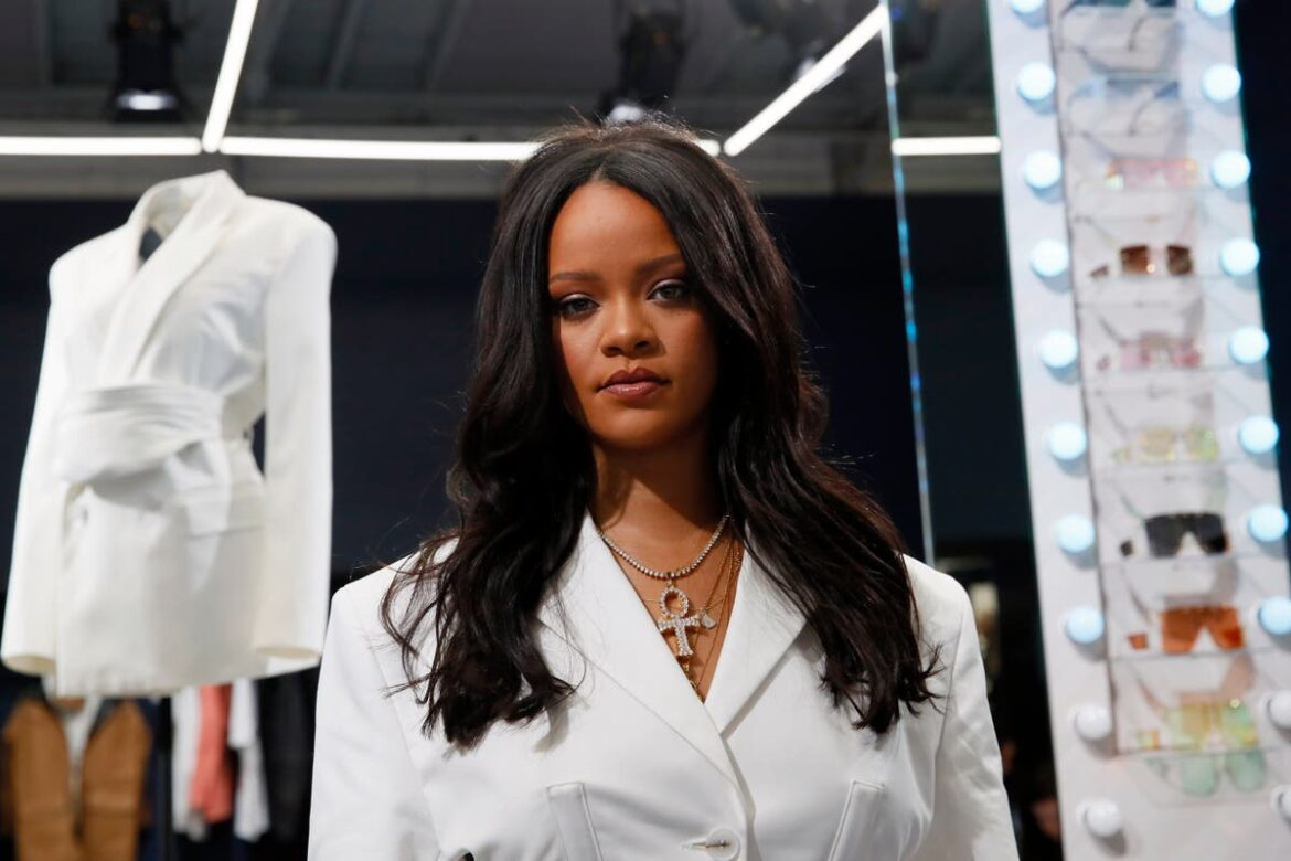Rihanna teases release of a new song