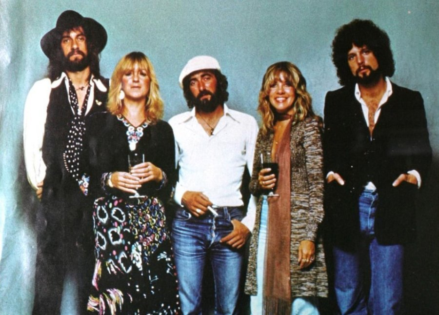 Mick Fleetwood open to a reunion with Lindsey Buckingham