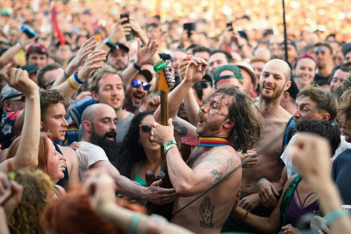 Glastonbury organisers apply for licence to hold concert in September