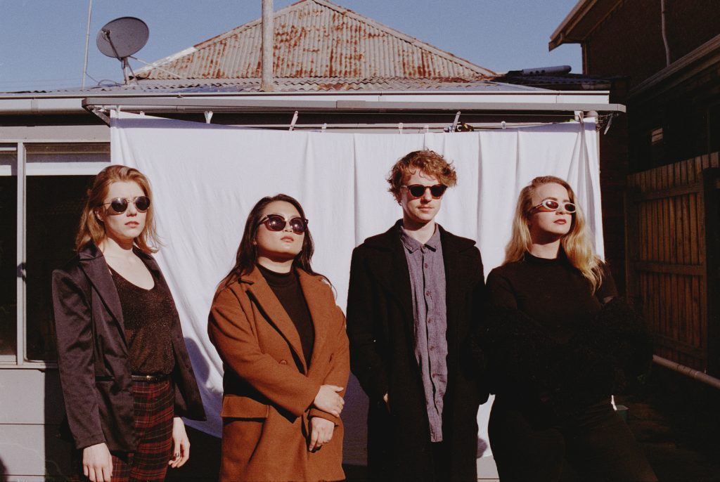 Moaning Lisa sign to indie label Farmer & The Owl