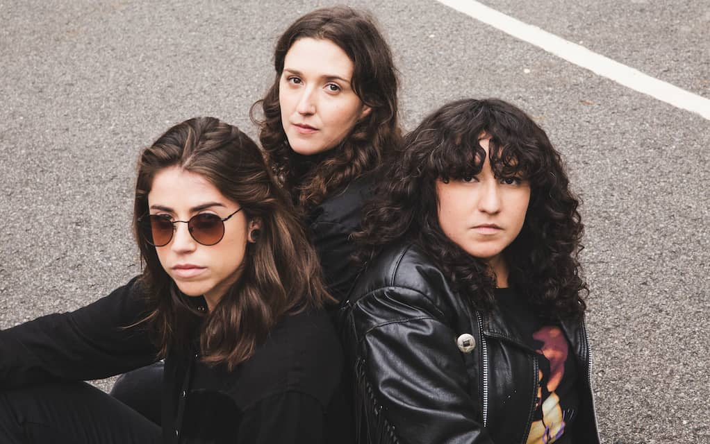 Montreal punk queens les Shirley drop their debut album