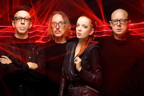 Garbage announce new album, release video