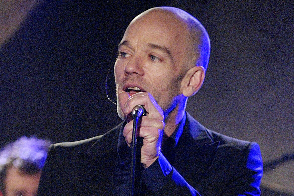 Michael Stipe Recalls Impact of 'Losing My Religion' Onstage