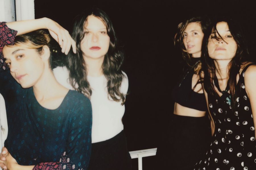 Warpaint cover Gang of Four song 'Paralysed'
