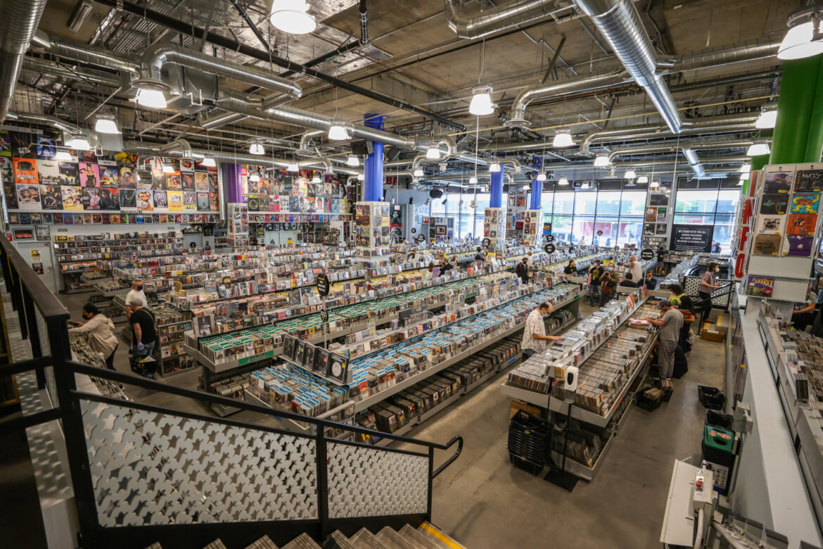 Amoeba Music Reopens In New Hollywood Digs After Year-Long Closure – CBS Los Angeles