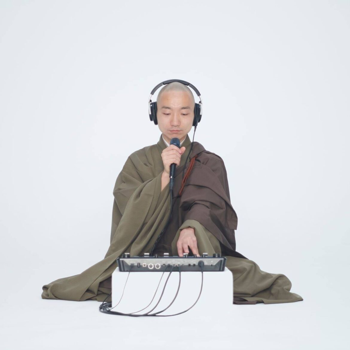 This beatboxing Buddhist monk in Japan makes music for meditation