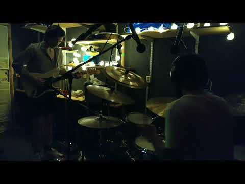 Another episode of improvised jam from the practice room is here. Do let me know what you think. We enjoyed playing a lot, but it's interesting to see what the listeners get out of it. Peace!